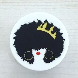 Queenish Pop Socket 👸🏽